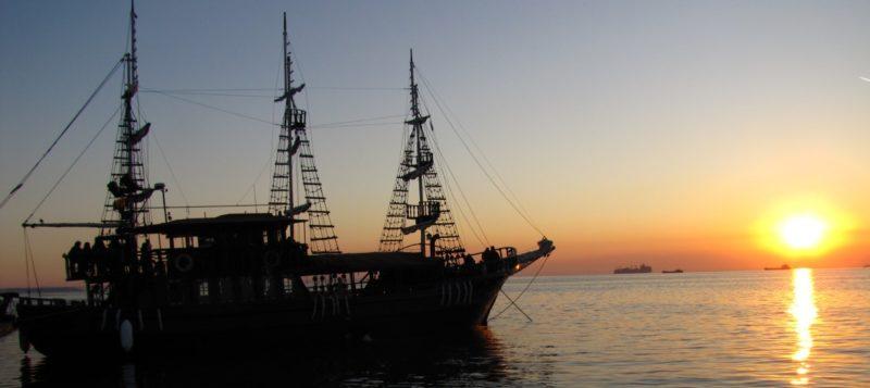 Arabella Floating Bar- Thessalonique